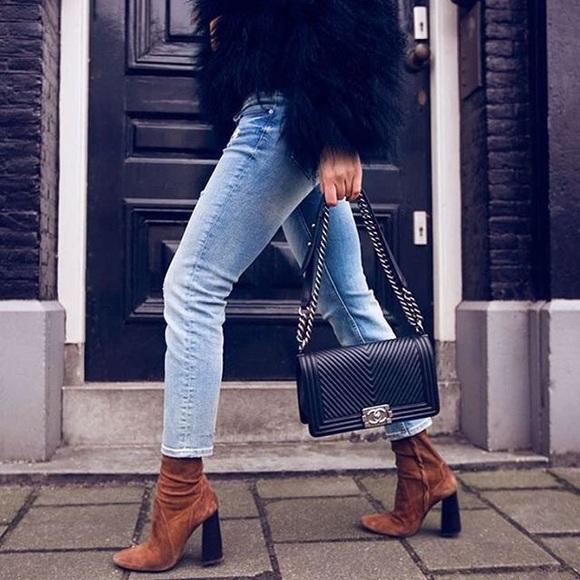 Zara Shoes - ✨Zara suede boots✨